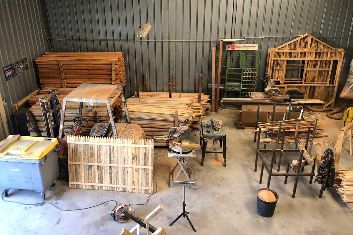 Atelier de menuiserie, Touraine Nature, bois de châtaignier